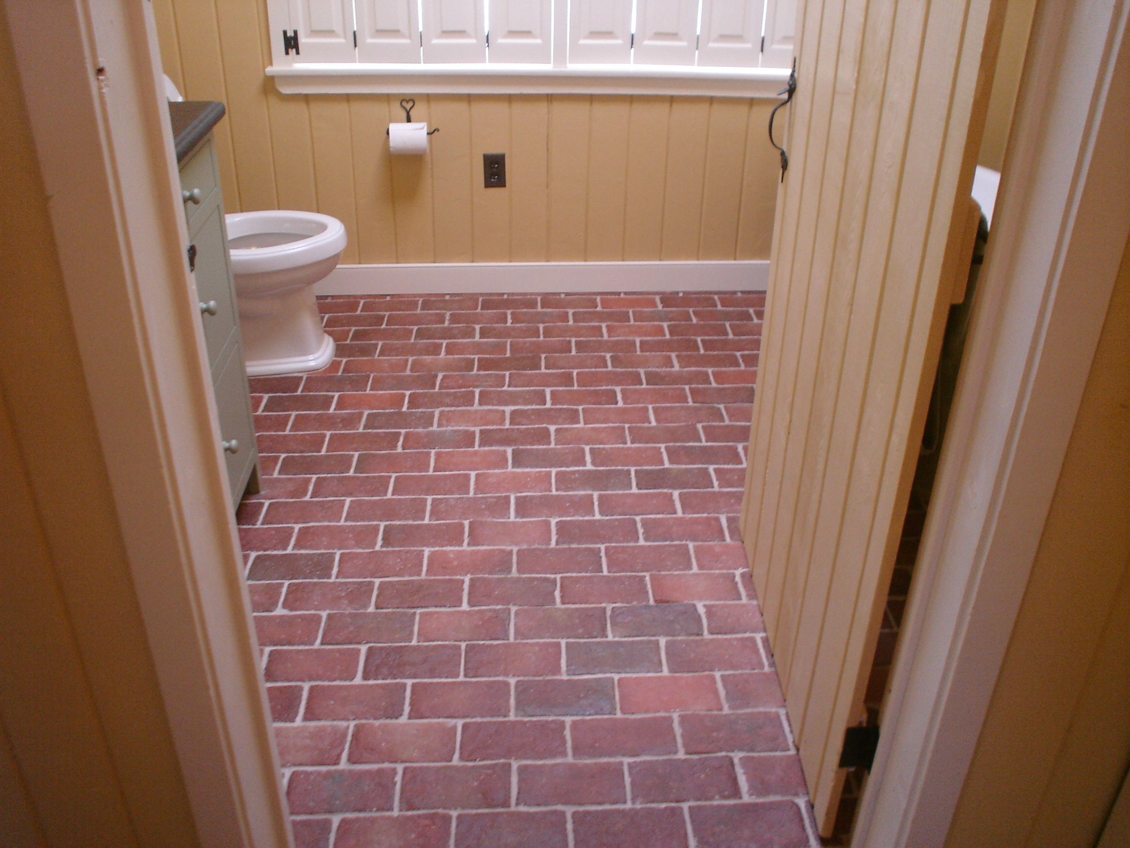 Brick floor bathroom - Ravenna Thin Brick Color Mix All 100 Natural Color Of The Clay Some Tiles Might Be Darker Than Others Depending On The Tiles Location During The Kiln