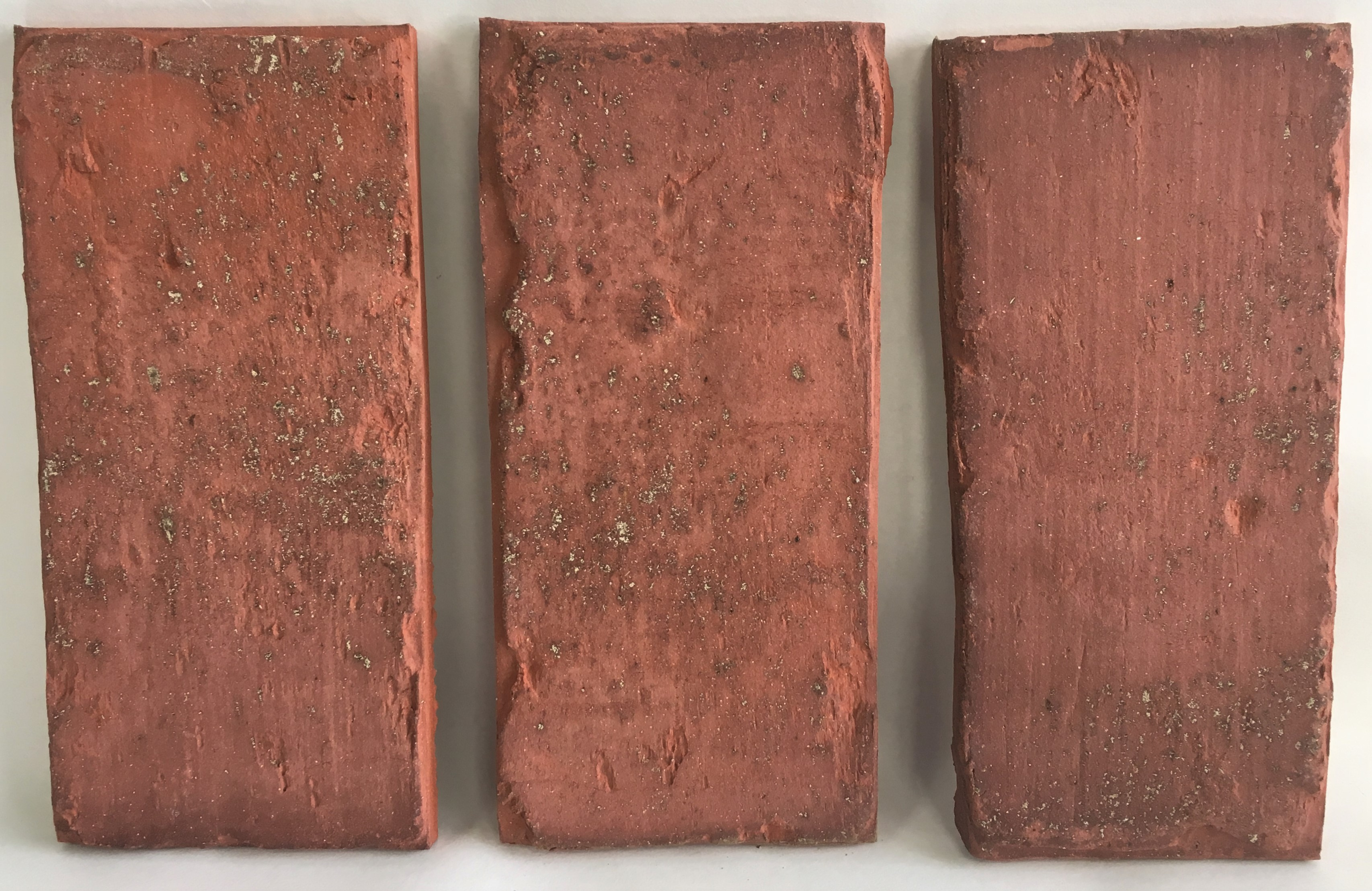 Brick Veneer Collection: Antique Thin Brick Side 7 X 2 X 1/2""